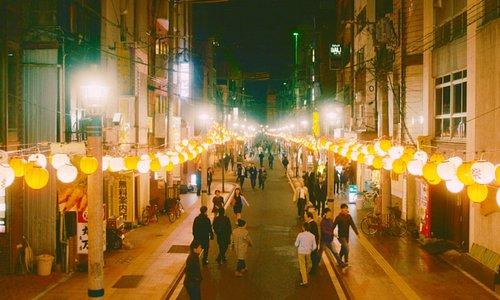 宮崎最大の歓楽街「ニシタチ」 古くから宮崎の食文化と人の交流拠点として賑わい、地元の人からも愛され続けている場所