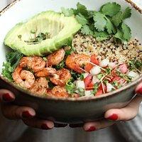 Quinoa shrimp bowl
