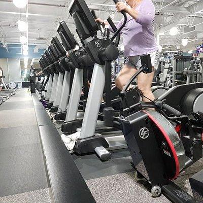 Fitness 19 gym, Bayhill Shopping Center, San Bruno