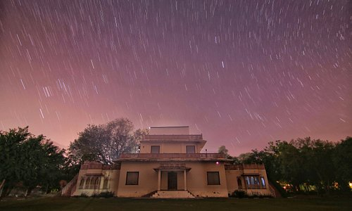The Second Stargate Observatory is situated at the Alwar Bagh by Aaamod.