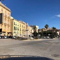 La Piazza antistante ....