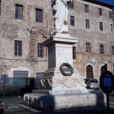Statua di Giovanni Pierluigi da Palestrina