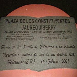 Plaza de Los Constituyentes: Placa Conmemorativa- Federaciòn, Entre Rìos 2019.
