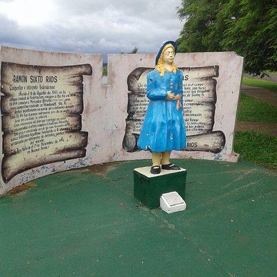 Monumento a Merceditas: Federaciòn, Entre Rìos 2019.