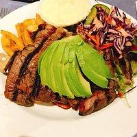 rump steak with avo and hollandaise