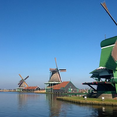 Windmills along the Zaan river at Zaanse Schans