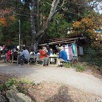 wi-fiも使える長尾茶屋 元ソムリエの経営するお茶屋なのでワインが飲めます