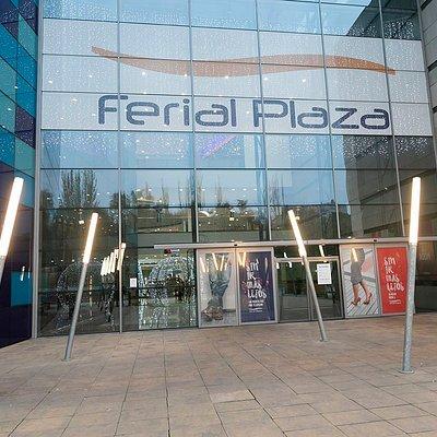exterior Ferial Plaza