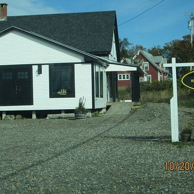 Lubec Historical Soc. & Museum was the original company store for the Columbian Packing Company in 1900.  There are 5 rooms of historic items relating to Lubec's History since the 1800's Museum Is Free to tour - open Mid June through Mid October
