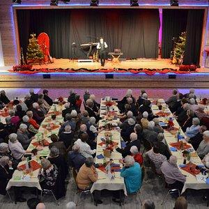 Theater, Musik, Zauberkunst, Kabarett oder Kino - der arena Saal ist top ausgestattete für jede Veranstaltung und inviduell für Tagungen, Seminare, Messen und Hochzeiten buchbar.