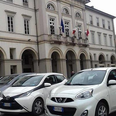 Palazzo Municipale di Voghera visto da sinistra