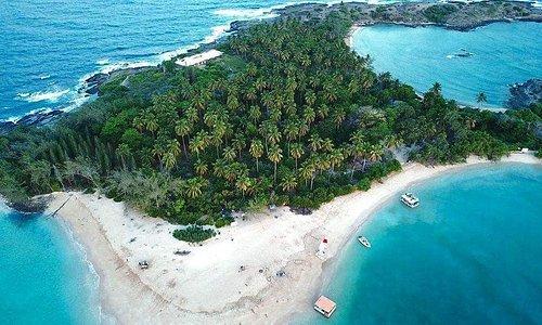 Ilha de Santo Aleixo em frente ao hotel