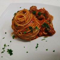 spaghetti al sugo di maiale