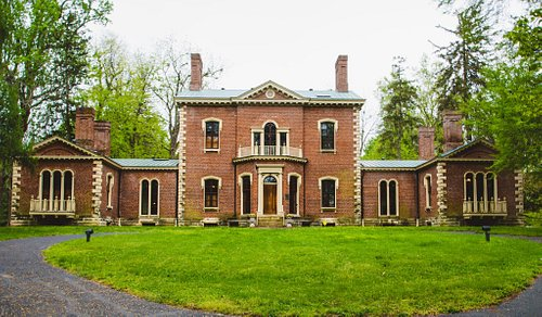 Ashland, The Henry Clay Estate as viewed from the front circle.