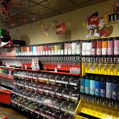 With over 300 varieties of bulk candy varying from jelly bellies, m&m, sour belts, chocolate covered items, sour patch kids, gummy items and more.
