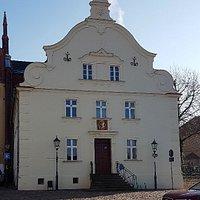 Heilig-Geist-Kirche und Altes Rathaus