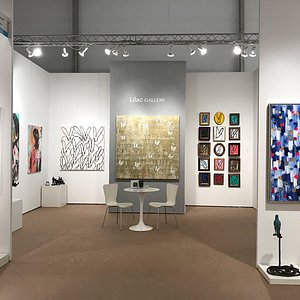 Installation view of Lilac Gallery Booth PB500 at the Palm Beach Modern + Contemporary 2019 in West Palm Beach Florida from January 10 to January 13, for the 2019 edition.
