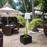 Notre terrasse du Puna Bar pour déguster vos cocktails ou tapas.