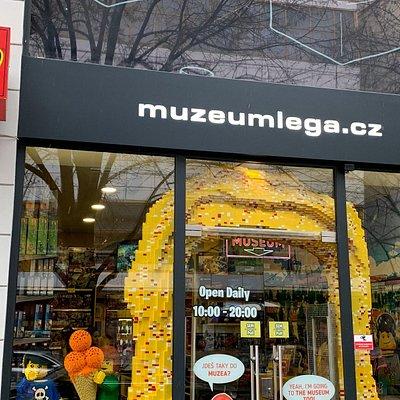 Muzeum Lega - Vstup do muzea & obchodu