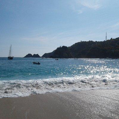 View from Muelle Beach looking toward Playa Panteon
