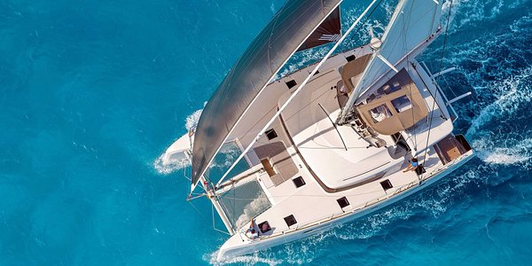 Catamarans Sailing Cruises