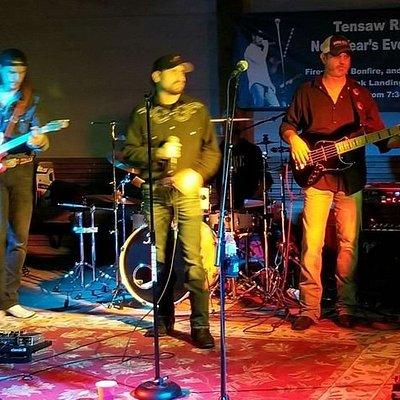 NYE Live Music at Live Oak