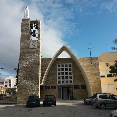 Igreja Paroquial da Póvoa de Santa Iria Diga