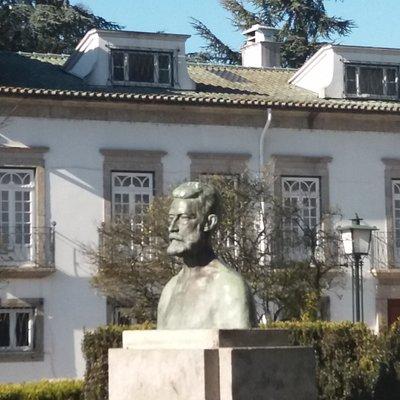 Monumento a Martins Sarmento