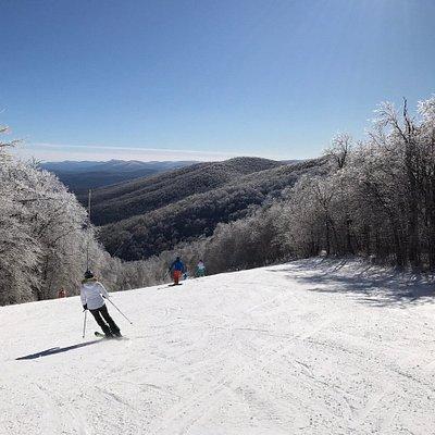 Beautiful pristine mountain views from Plattekill's trails