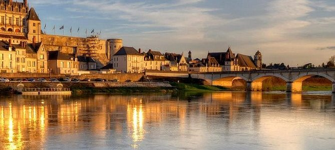 Château Royal dAmboise Skip the line Ticket in Loire Valley