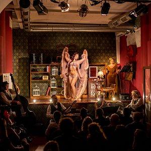 live show burlesque