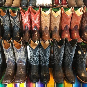 If you need a pair of boots while in San Antonio, lots of boot vendors