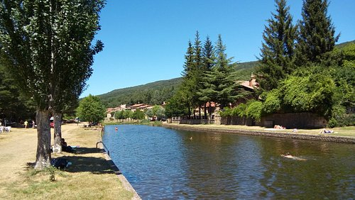 El Duero a su paso por Salduero forma una preciosa piscina natural.