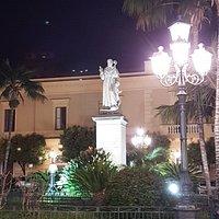 памятник Св. Антонио