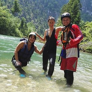 Rafting in Czech river - Prague best experience Agency www.praguebestexperience.com