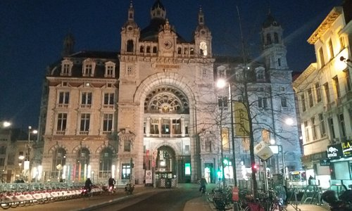 Centrall station of Antwerp. Glorious to be........