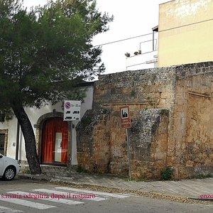 Galatone: Chiesa dell'Itria, ubicata tra via Tunisi e Piazza Itria, esterno, con i resti della parte absidale.