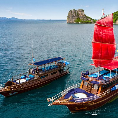 Red and Blue Dragon Classic Thai Yachts