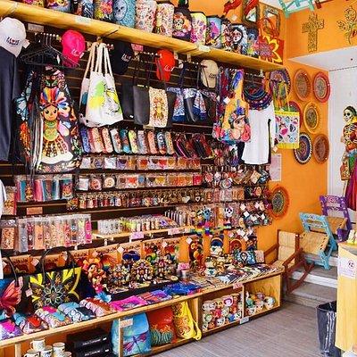 Foto de una de las tienditas. Todas tienen productos diferentes y en buenos precios. Felicidades por tan bonita tienda mexicana!