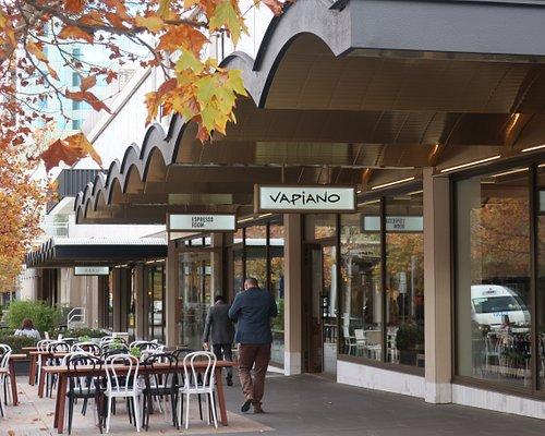 Bunda Street dining looking towards Vapiano, Espresso Room and RAKU.