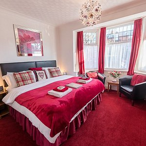 Room 1. Ground floor Super King or a twin with En-suite shower room.