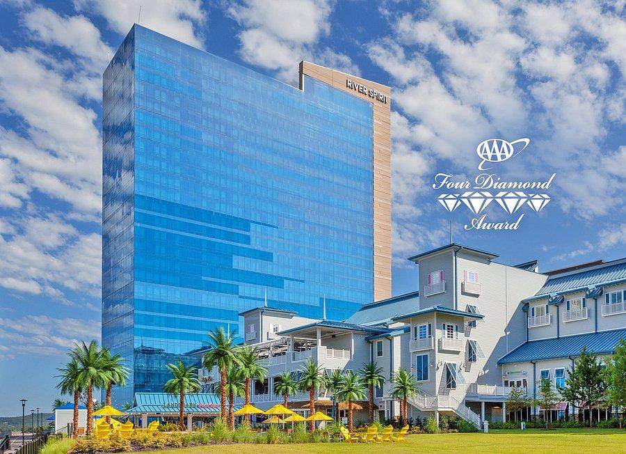 River spirit casino tulsa hotel foxwoods casino indian reservation