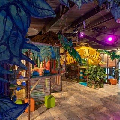 Découvrez la jungle tropicale et embarquez pour une expérience inédite à PandAventure Park, parc de loisirs indoor à Bénodet !