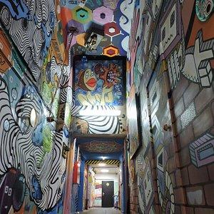 Разрисованные стены,арт объекты и картины