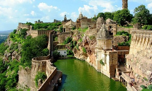 One of the largest fort in India at Chittorgarh Rajasthan. UNESCO World Heritage Site. The fort is known for its seven gates namely Padan Gate, Ganesh Gate, Hanuman Gate, Bhairon Gate, Jodla Gate, Lakshman Gate and the main gate which is named after Lord Ram. Many Palaces & Temple inside also.  CHITTORGARH FORT
