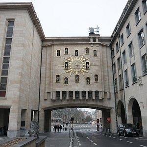 Maison de la Dynastie, com o Jacquemart.