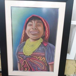 Cuadro India Kuna elaborado en tecnica stencil y enmarcada en cuadro y vidrio.    Artista panameño Chalie.      Esta en venta, puede contactarme a 66727679