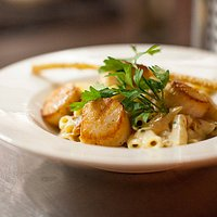 Penne Carbonara Capesante if you love big beautiful scallops!