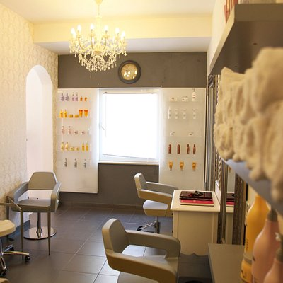 Beauty studio uses the products of the world's most famous beauty brands.