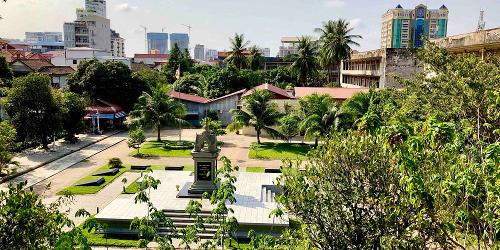 Tuol Sleng Genocide Museum 18